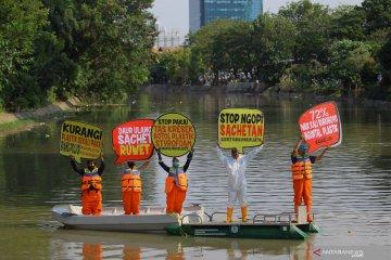 Aksi Darurat Pencemaran Mikroplastik