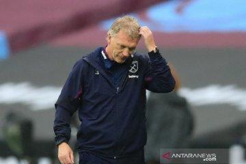 David Moyes dan dua pemain West Ham positif terjangkit COVID-19