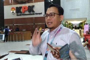 KPK dalami keterangan empat saksi penerimaan uang dari mitra penjualan PT DI