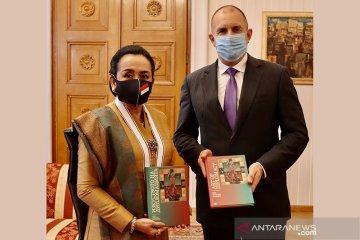 "Dubes yang seniman itu akhiri tugas dengan luncurkan buku ""Art of Diplomacy"""