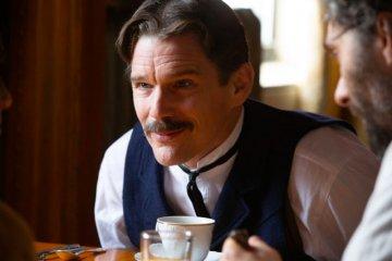 """Ethan Hawke bertransformasi jadi Nikola Tesla di film """"Tesla"""""""