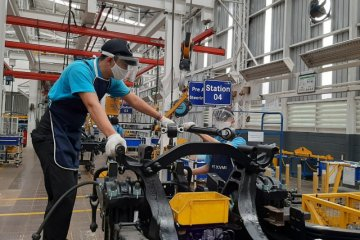 Daimler operasikan pabrik Wanaherang untuk kendaraan Mercedes