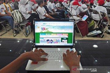 Tips jaga keamanan anak di dunia maya