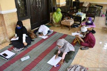 Pelaksanaan KMB di rumah siswa