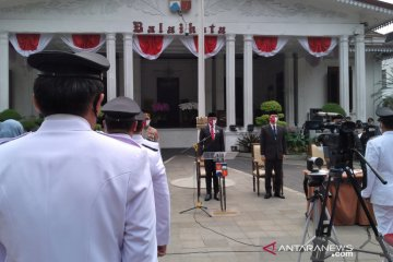 Lantik 306 pejabat, Wali Kota Bogor ungkap pilih pejabat siap tempur lawan COVID-19