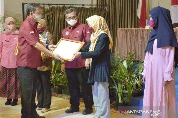"""Kemensos beri target Pemkab Bogor """"luluskan"""" 10 persen penerima PKH"""