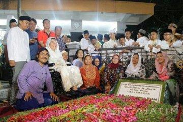 Makam Gus Dur di Tebuireng masih ditutup untuk peziarah