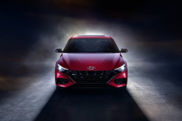 """Hyundai luncurkan Elantra N Line baru, desainnya """"rendah tapi lebar"""""""
