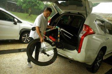 Tips mudah bawa sepeda pakai mobil