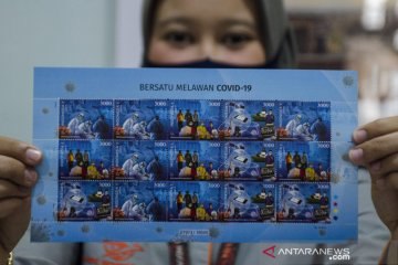 Penjualan perangko edisi COVID-19 di Bandung
