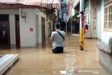 30 KK  masih mengungsi akibat banjir di DKI Jakarta