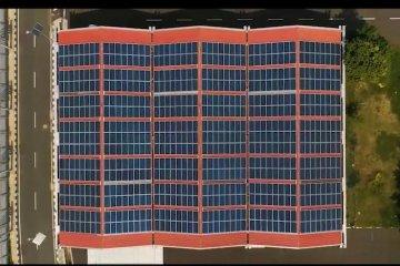 720 panel surya hiasi atap gedung Bandara Soekarno-Hatta