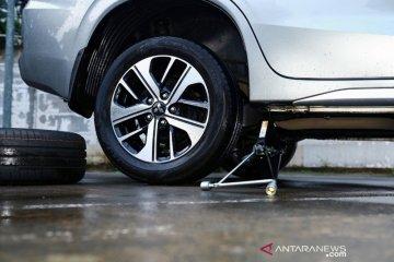 Jelang musim hujan, pengguna mobil agar cek kondisi ban