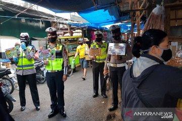 Polantas dikerahkan sosialisasikan prokes ke warga pasar