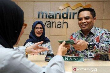 Kemarin, rencana penggabungan bank Syariah BUMN hingga BI serap SBN