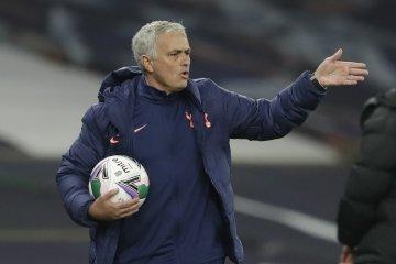 Walau Tottenham menang atas Chelsea, Mourinho keluhkan jadwal