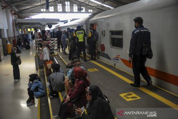 Kenaikan jumlah penumpang kereta api