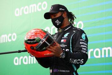 Lewis Hamilton fokus kejar titel, bukan kontrak barunya dengan Mercedes