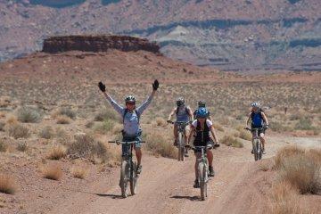 MNC gelar gowes sepeda virtual