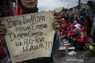 Aksi buruh di Kabupaten Bandung