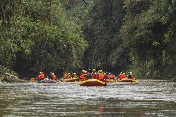 Pemerintah Kota Depok pantau area rawan longsor di musim hujan