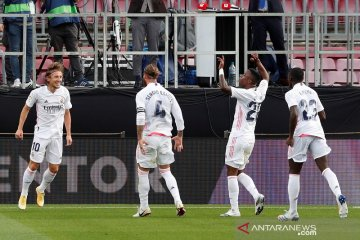 Zidane puas bungkam kritik dengan menang di laga El Clasico