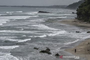 Wisata pantai Karang Nini