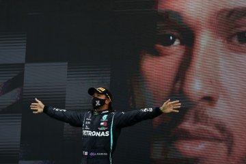 Lewis Hamilton tak percaya ia pecahkan rekor menang di F1 sepanjang masa