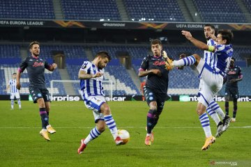 Napoli bawa pulang tiga poin seusai menang tipis 1-0 atas tuan rumah Real Sociedad