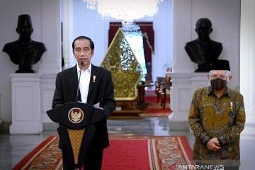 Kemarin, Jokowi kecam pernyataan Macron hingga Megawati tanggapi soal milenial