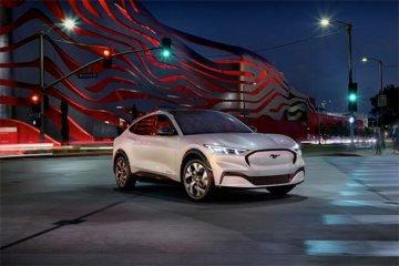 Ford Mustang Mach-E lolos sertifikasi EPA, mampu jangkau 480 km