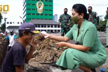 Kasad kagumi sosok Sandi, pekerja bangunan yang difabel