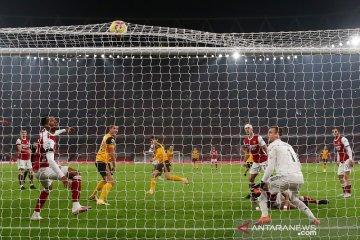 Arsenal dipecundangi Wolverhampton dengan skor 1-2