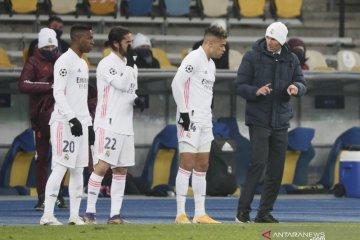 Zidane menegaskan tidak akan mundur dari Madrid usai dikalahkan Shaktar