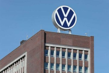 Volkswagen pangkas produksi karena pasokan terganggu