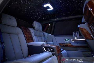 """Rolls-Royce """"Koa Phantom"""" gunakan ornamen kayu langka Hawaii"""
