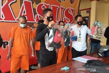 Polisi ringkus komplotan spesialis pecah kaca mobil di Serang, Banten