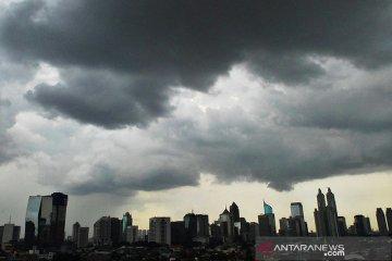 Sejumlah wilayah berpotensi hujan lebat disertai angin kencang