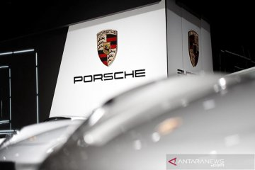 Porsche rencanakan baterai & jaringan pengisian daya berkinerja tinggi