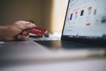 Tips lindungi data pribadi saat gunakan jasa keuangan digital