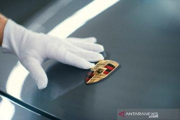 "Porsche Jakarta dorong mobil ""impor grey"" servis di bengkel resmi"