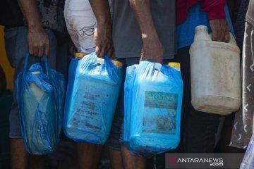 Distribusi BBM di lokasi bencana