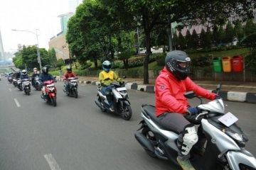 Membelah jalanan Ibu Kota menunggangi Yamaha Gear 125
