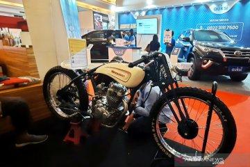 Motor custom siswa SMK Mercusuar Jakarta mejeng di IIMS Hybrid 2021