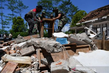 Data 3.361 rumah rusak akibat gempa di Lumajang dilaporkan ke BNPB
