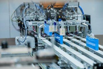 BMW produksi sendiri baterai EV di dua pabrik Jerman