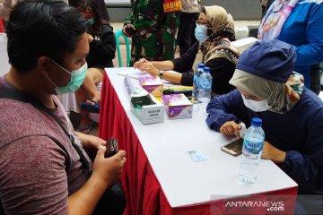 Puluhan warga Sawah Besar yang pulang mudik jalani tes antigen