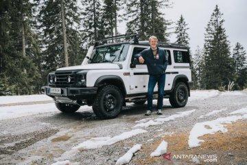 INEOS uji SUV Grenadier di pegunungan berbatu Austria
