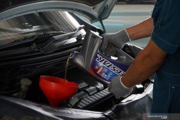 Cara hemat dan mudah rawat mobil di rumah