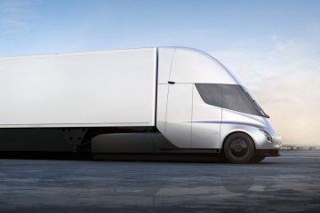 Baru 3 bulan menjabat, Guillen tinggalkan divisi truk Tesla